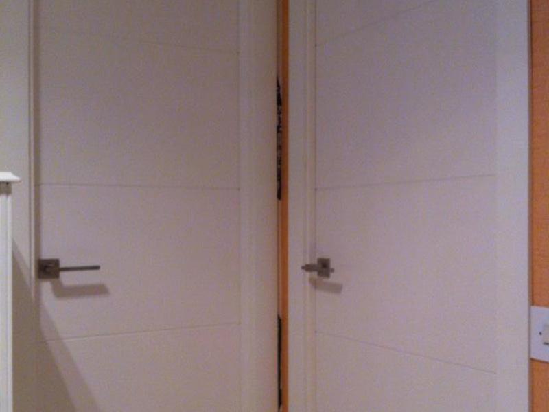 Puertas artevi lacadas en blanco top great limpiar - Como limpiar puertas de madera ...