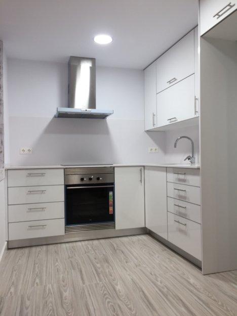 Cocina laca brillante color blanco